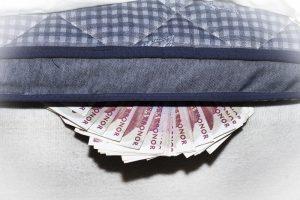 Spara pengar – förlegat?